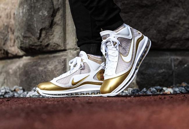 Nike LeBron 7 QS 货号:CU5646-100