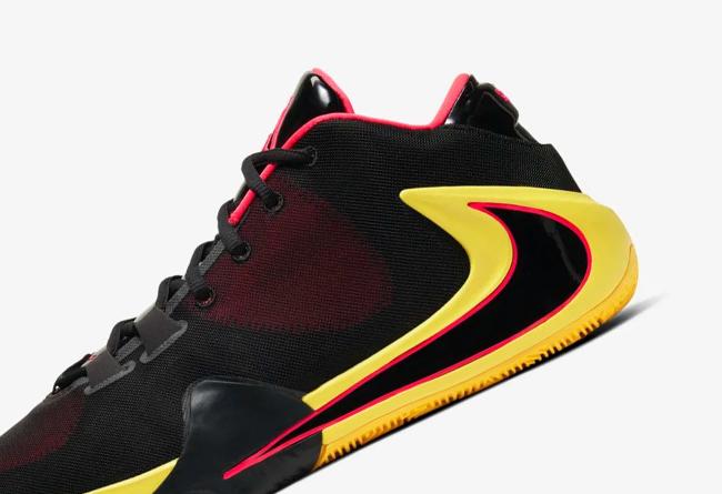 Nike,Zoom Freak 1,Soul Glo,BQ5 这双字母哥战靴你打几分?Zoom Freak 1 全新配色明日发售!