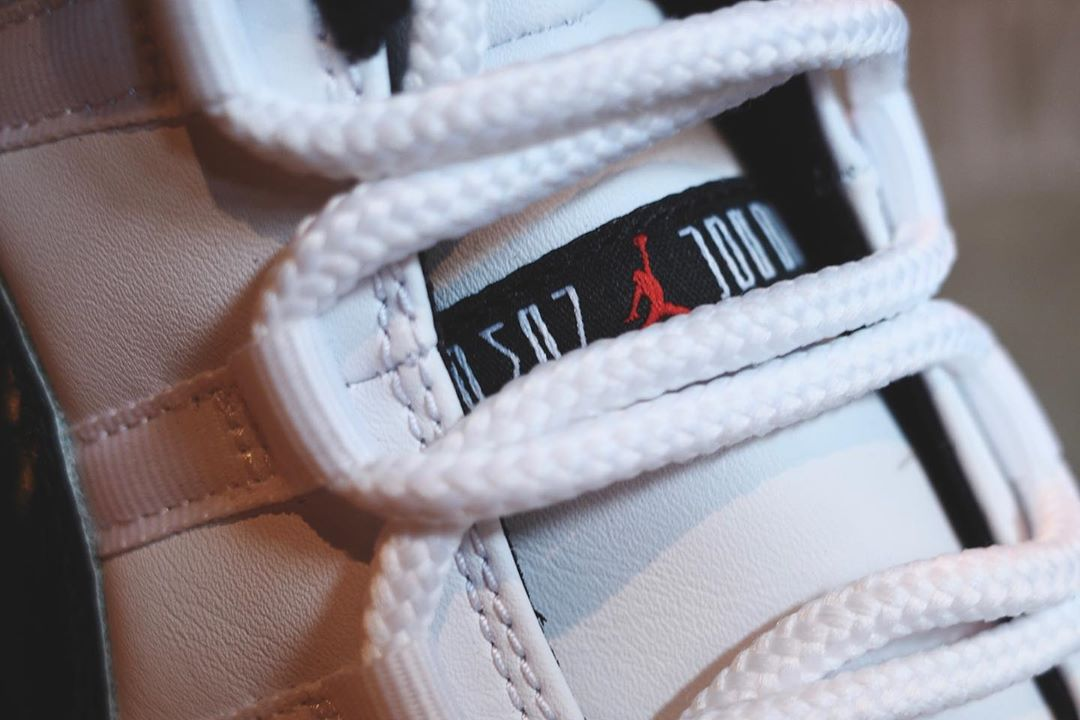 Air Jordan 11 Low,AJ11 Low,发售,  黑红 + 康扣!AJ11 Low 新品再曝美图!国外网友:真香!