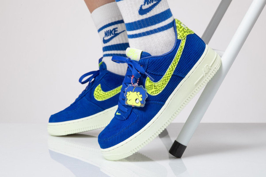 Nike,adidas  最便宜换勾!抄底价 UB!600 元以内必买球鞋!最低才 200 多!