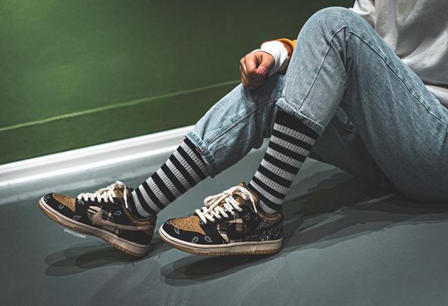 Travis Scott,Nike SB,Dunk Low, 发售日期有了!Travis Scott x Dunk SB 最新实物美图 + 上脚!