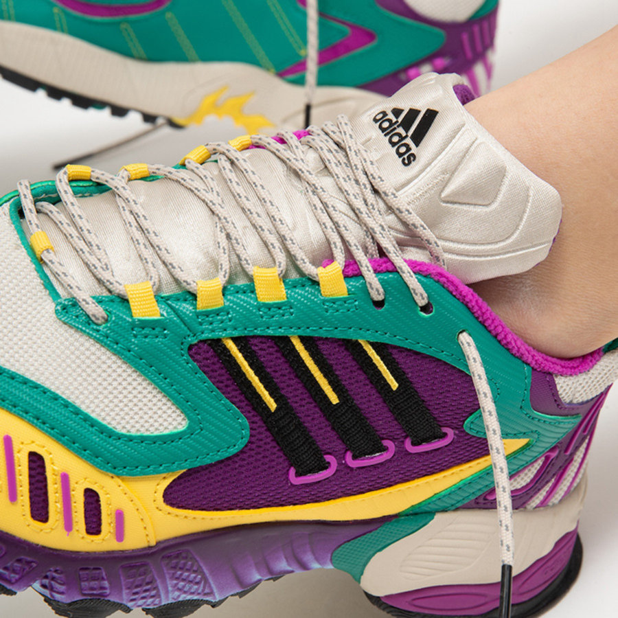 adidas,Torsion TRDC WMNS,EG844  硬核复古鞋 adidas Torsion TRDC 再出全新配色!这次还是...
