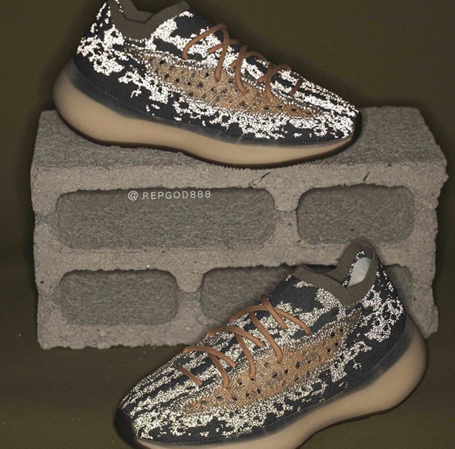 adidas,Yeezy Boost 350 V2, Ref 最多暴跌 7000 块!Yeezy 「满天星」不再天价!跟风冲过的人别看:会哭