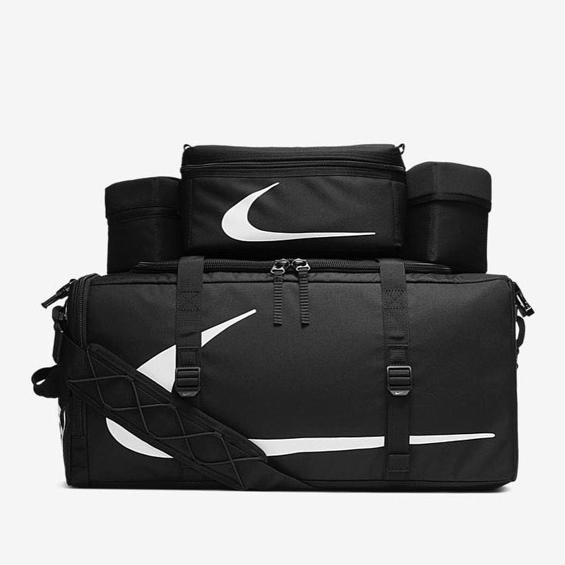 Nike,OFF-WHITE OFF-WHITE x Nike 神秘鞋款首次曝光!两大经典合体!