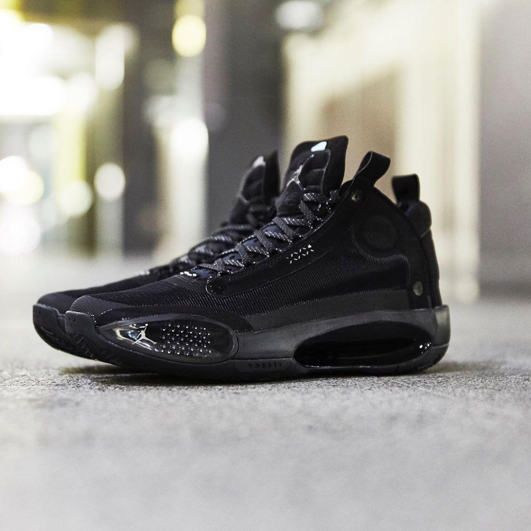 Air Jordan 34,Black Cat,发售 耐脏好打理!黑猫 Air Jordan 34 实物美图来了!海外已发售!