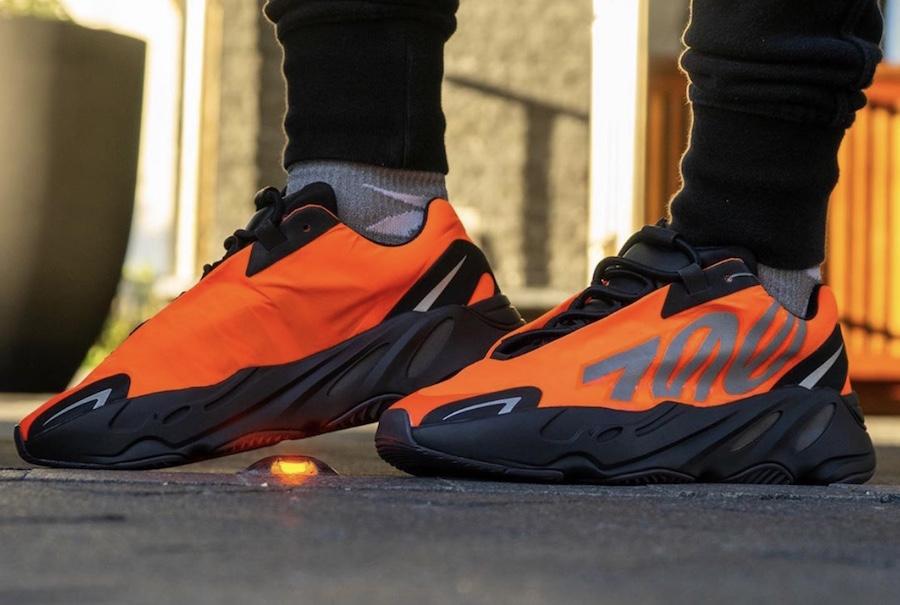adidas,Yeezy,Yeezy Boost 700 M 下周仅在三座城市发售!黑橙 Yeezy 700 MNVN 全家族官图释出!