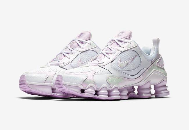"Nike Shox Tl Nova WMNS ""Barely Grape"" 货号:CV3019-100"