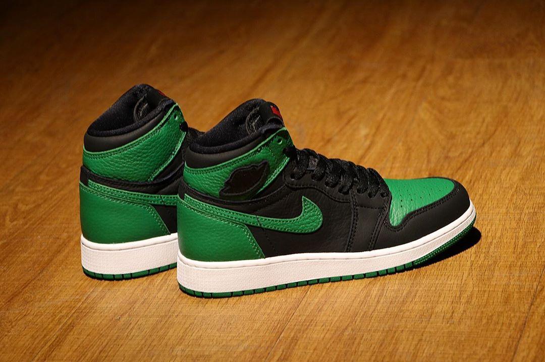 "莆田鞋-Air Jordan 1 Retro High OG ""Pine Green"" 货火博体育app:555088-030 / 575441-030(GS)插图(11)"