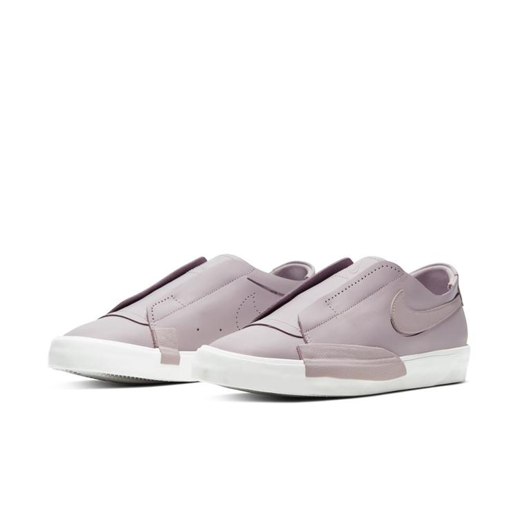 Nike,Blazer Low Nike 全新鞋款曝光!灵感颇似来自 Blazer Low!