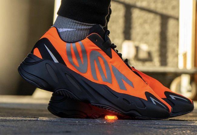 "adidas Yeezy Boost 700 MNVN ""Orange"" 货号:FV3258"