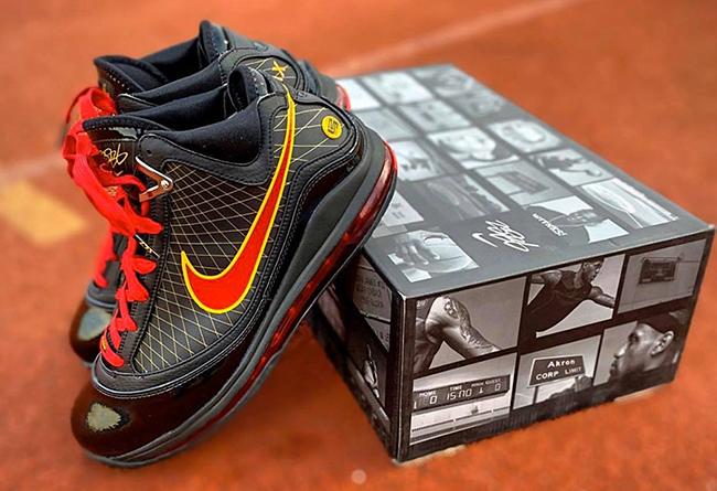 "Nike LeBron 7 ""Fairfax"" 货号:CU5646-001"