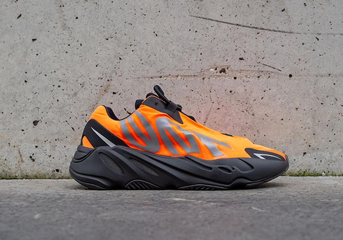 国内资讯_国内发售延期一个月!黑橙 Yeezy 700 MNVN 官宣为上海限定! 球鞋 ...