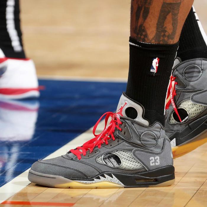 塔克,Air Jordan 5,AJ5,OFF-WHITE  鞋王又来拉仇恨!塔克赛场上脚 OFF-WHITE x AJ5!