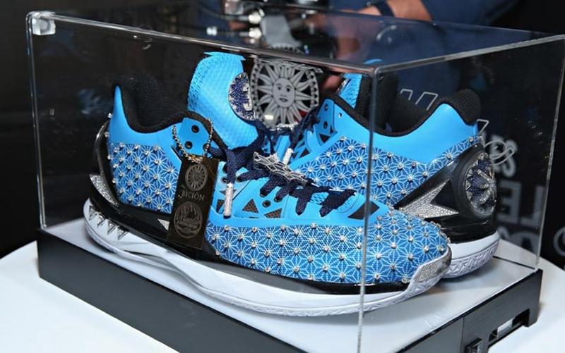 aj1,nike,adidas,yeezy,kanye,ts  ¥2800 萬的球鞋長什么樣?這些球鞋圈的故事 99% 的人都不知道!