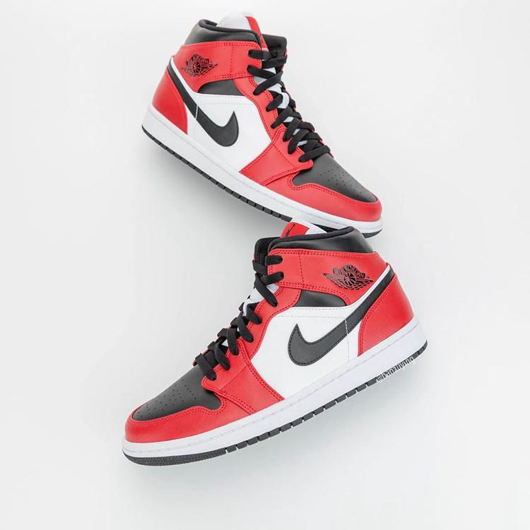 AJ,AJ1 Mid,Chicago Black Toe,5  两大 OG 配色融合!这双黑红 Air Jordan 1 Mid 看来很抢手!
