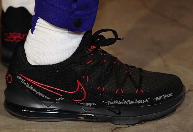 Nike LeBron 17 Low 货号:CD5007-001