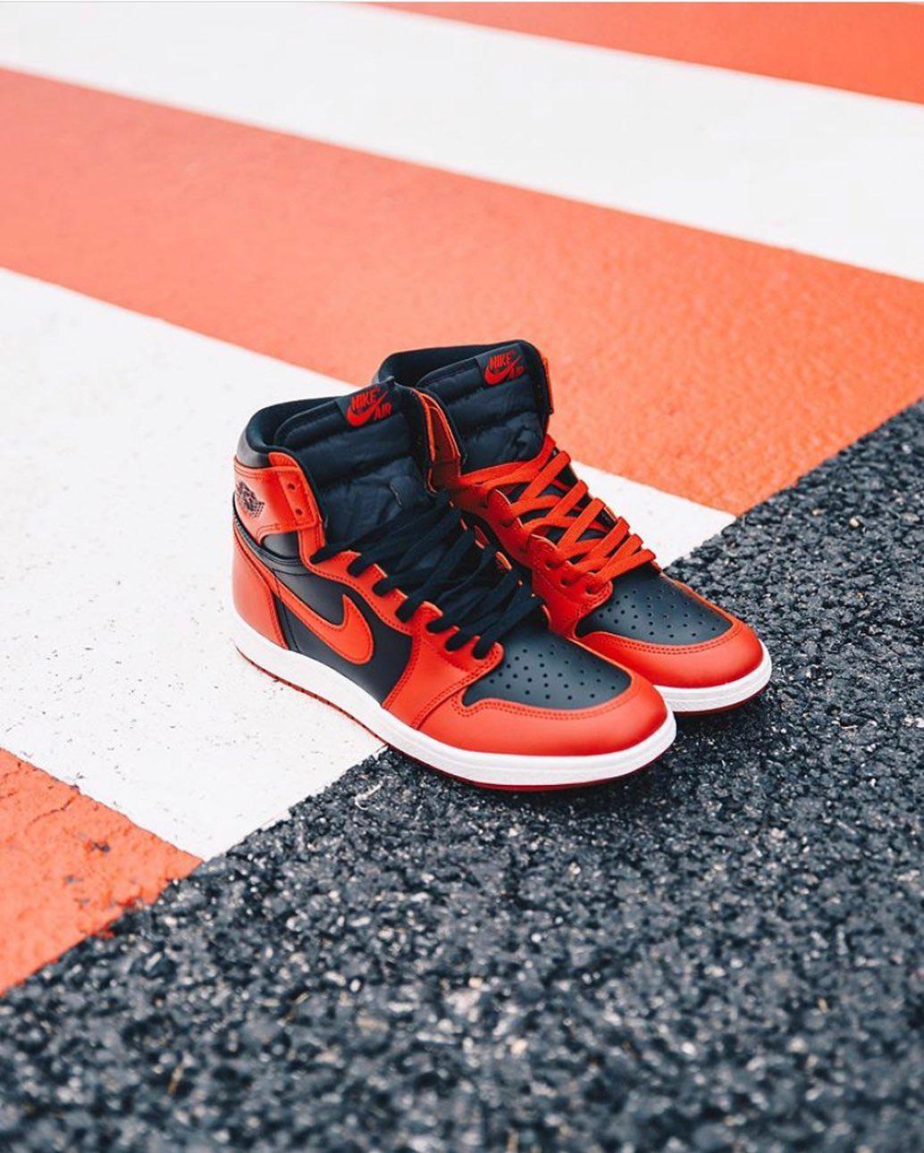 Air jordan 1,Yeezy,发售  近期起飞新鞋真不少!4 双市价破万!最贵的能买 5 双 OW x AJ5!