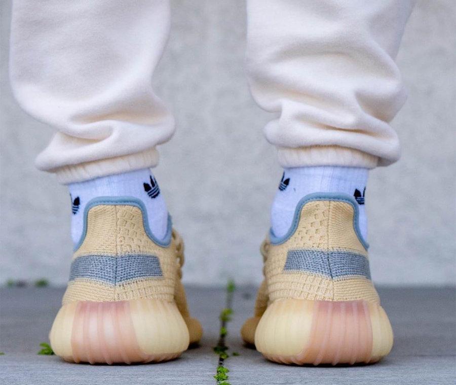 adidas,Yeezy Boost 350 V2,FY51  又一双银河满天星 Yeezy 350 V2!上脚清爽又吸睛!