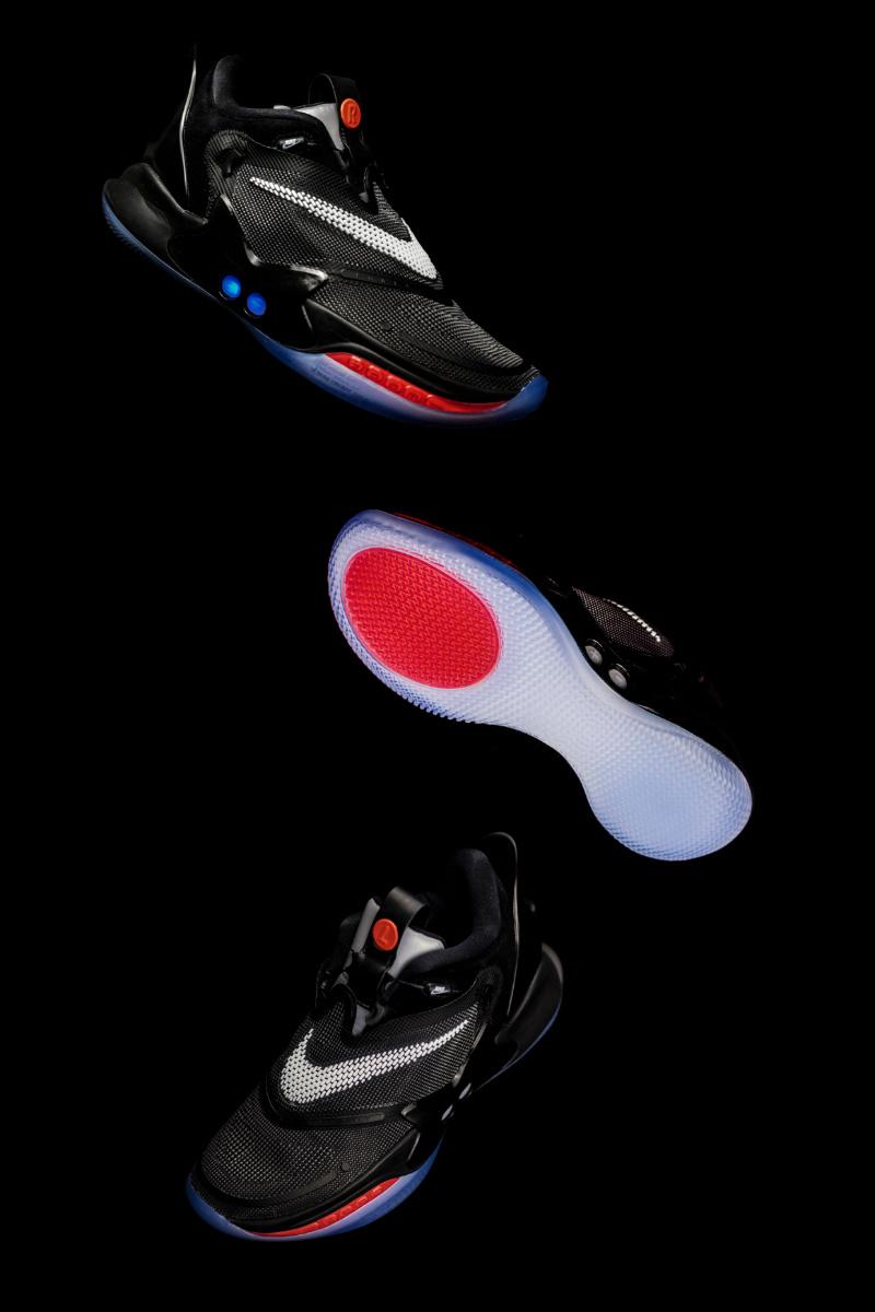 Nike,Adapt BB 2.0,自动系带  本月发售价最高的 Nike 球鞋周六登场!别嫌贵,还不一定能抢到!