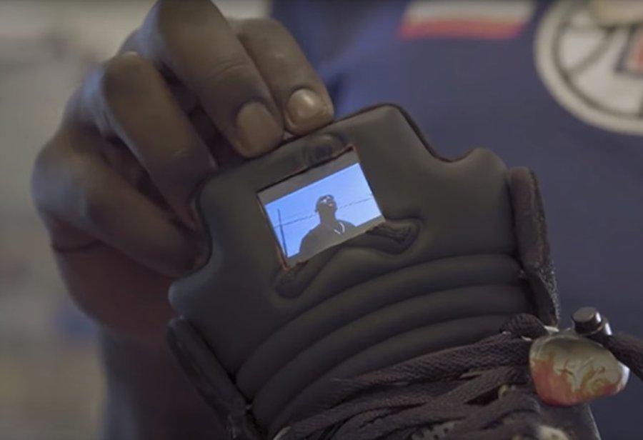 哈雷尔  自带液晶屏的 AJ 就他有!敢叫板塔克的「新鞋王」太强了!