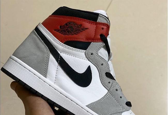 AJ1,light smoke grey,555088-12  平民版 Union 联名!全新配色 Air Jordan 1 预计 7 月发售!