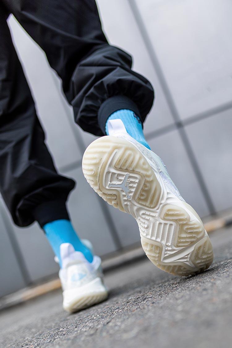 Jordan,Delta React,SP,冠希  大揭秘!冠希连晒三次的 Jordan 新鞋!小编提前上脚给你看!
