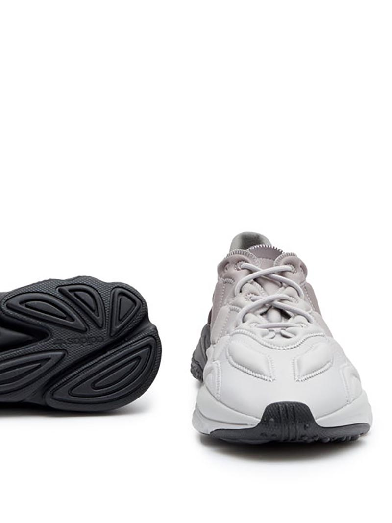 adidas,Ozweego 3D  耳目一新的时髦造型!这双 adidas 科幻跑鞋竟然「膨胀」了