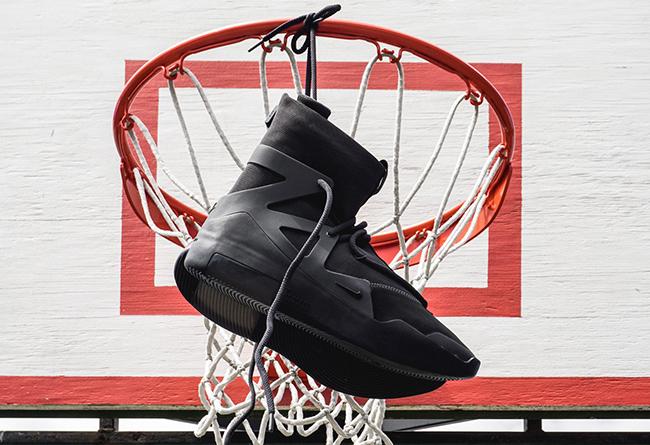 Nike,FOG,Fear of God,Air Fear  纯黑 Air FOG 1 今早突袭!明天中午别忘了接着赛跑!