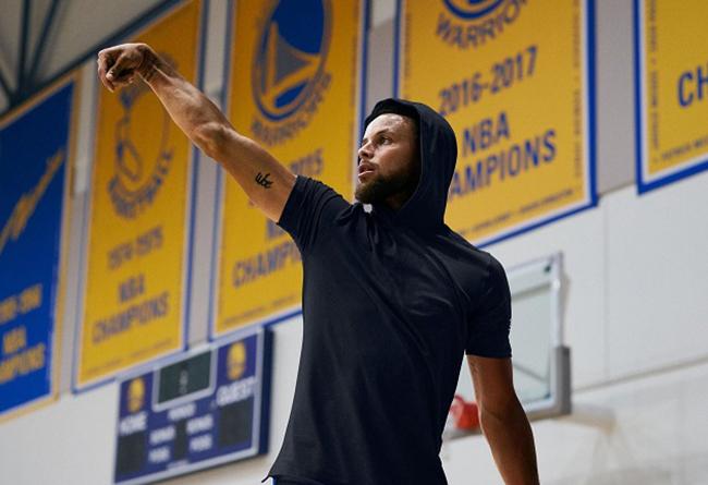 勇士配色库里篮球鞋Curry7刚刚发售!粉丝最爱的主场色!