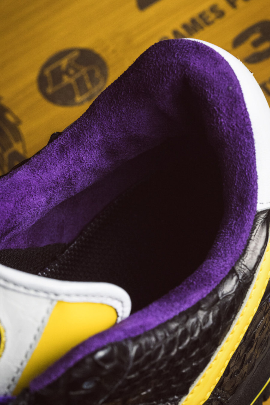 Air Force 1,AF1,Nike,球鞋定制,科比,开  打开鞋盒瞬间泪目!限量 24 双的科比球鞋抢先开箱!买不到也得看看