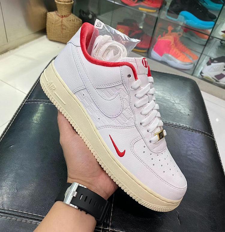 Nike,KITH,Air Force 1 Low  KITH x Nike Air Force 1 最新实物曝光!鞋舌细节有亮点!