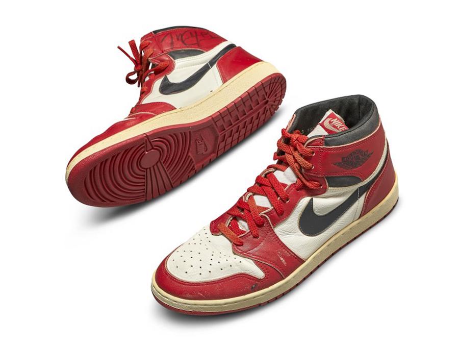 AJ1,Air Jordan 1  史上最貴 AJ 誕生!喬丹親穿芝加哥 AJ1 拍出 56 萬美元!