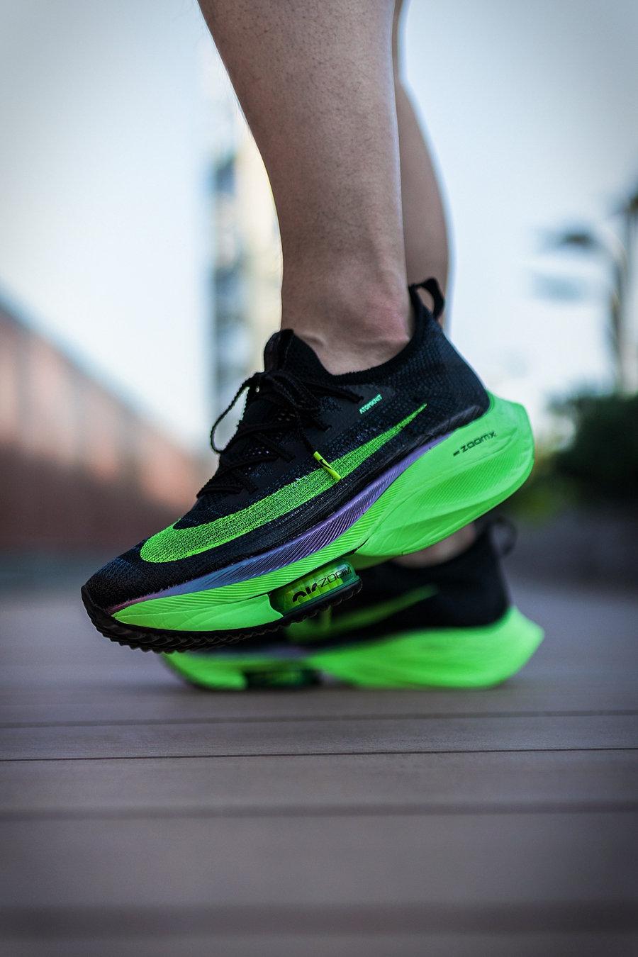 Nike,Alphafly Next%,Alphafly  開箱跑鞋中的蘭博基尼!穿這雙 Nike「韓寒同款」走路,比打車還貴