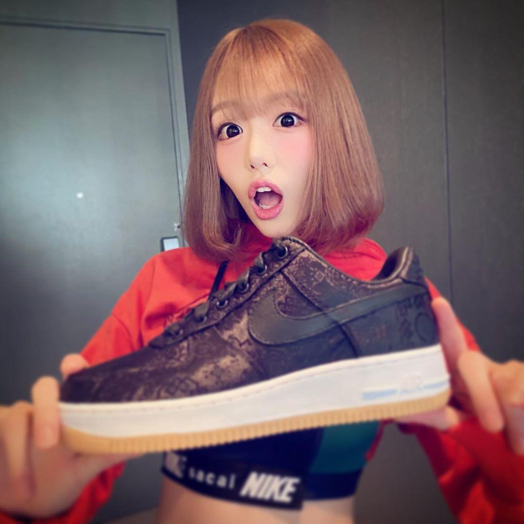 "AJ1,Nike  「暗黑潮流女神」明日花!实在太 ""凶"" 了!这你顶得住?"