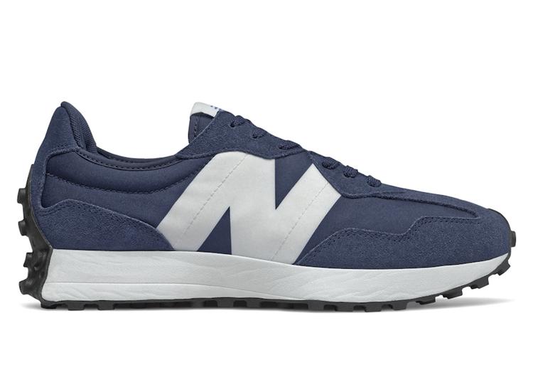 New Balance,New Balance 327  經典海軍藍裝扮!今夏黑馬鞋型 New Balance 327 又有新配色!