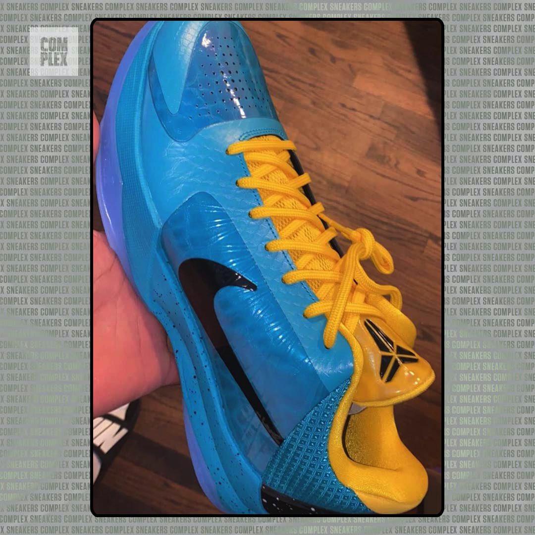 Kobe 5,Nike  蓝色阿凡达 + 全新小丑!两款 Kobe 5 新配色首次曝光!