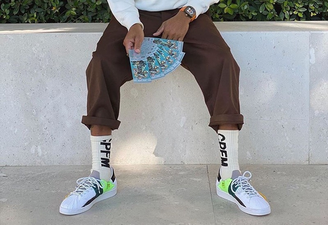 Pharrell Williams x adidas Superstar 货号:FY2294 / FY1787