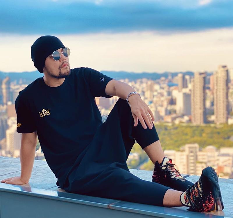 Nike,LeBron 17,周杰伦  难抢!Nike「周杰伦战靴」货量揭秘!上脚真的帅!