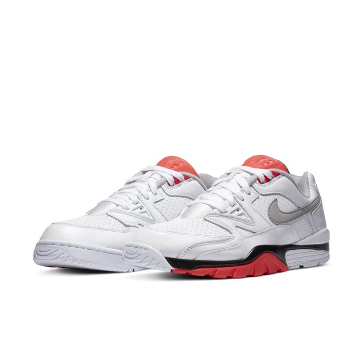 Nike,Air Trainer 3 Low  经典黑白红配色!这双 Air Trainer 3 Low 你打几分?