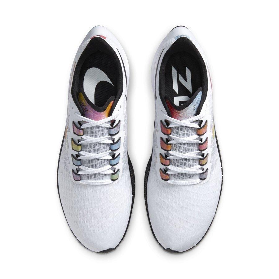 Nike,Pegasus 37,飞马 37  多彩泼墨点缀!全新 Nike 飞马 37 官图释出