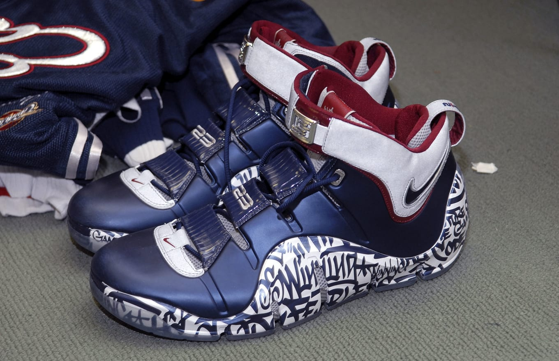 Nike,LeBron 17  以更稀有的 LeBron 4 为灵感!第二双涂鸦 LeBron 17 曝光!