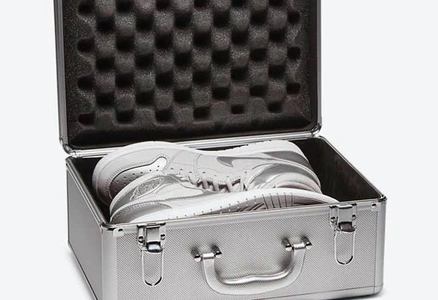 japan,Air Jordan 1,AJ1,发售  限量 2020 双 + 手提箱鞋盒!日本 AJ1 竟然有 2 个版本!