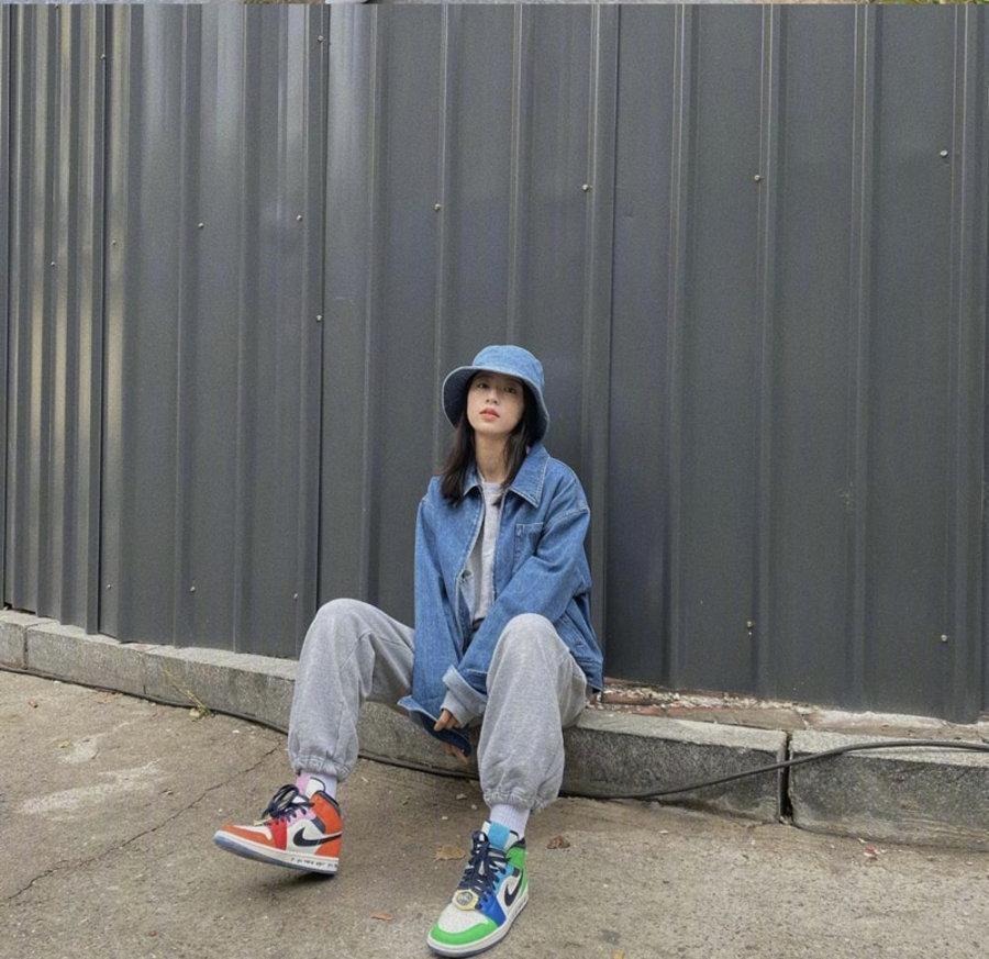 明星上脚,球鞋女神  中国球鞋女神?周雨彤把我想买的鞋全都穿了个遍!