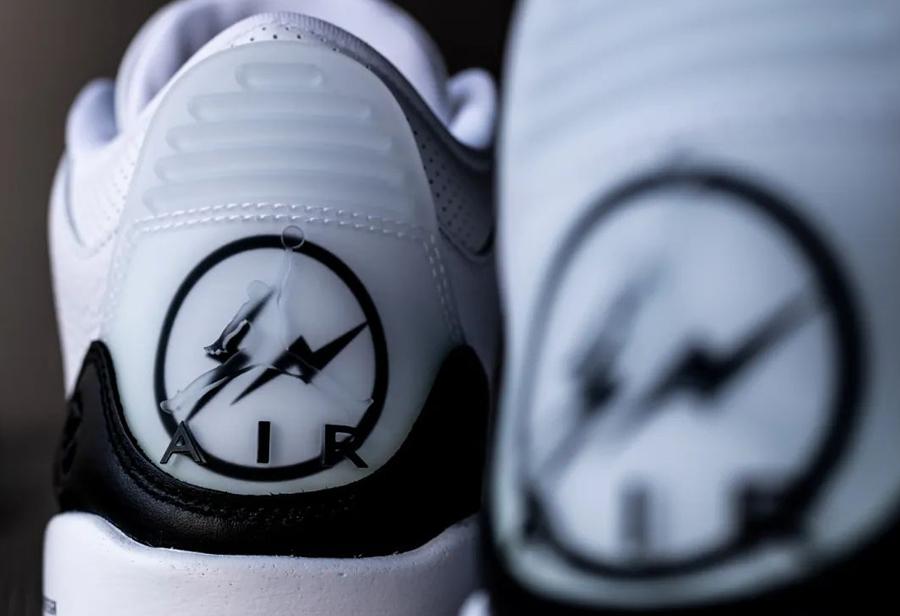 藤原,浩,AJ3,近两,年的,球鞋,圈里,能,挑起, DA3595-100 等了 6 年的「藤原浩闪电 AJ3」明天发售!小编开箱上脚抢先看!