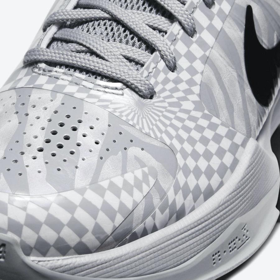 德罗赞 Nike Kobe 5 PE 配色上架!后天发售,但是...