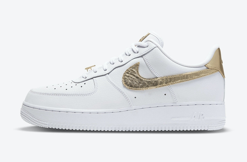 Nike,Air Force 1,DC2181-100  金色 Swoosh 点缀!全新 Nike Air Froce 1 Low 即将发售!