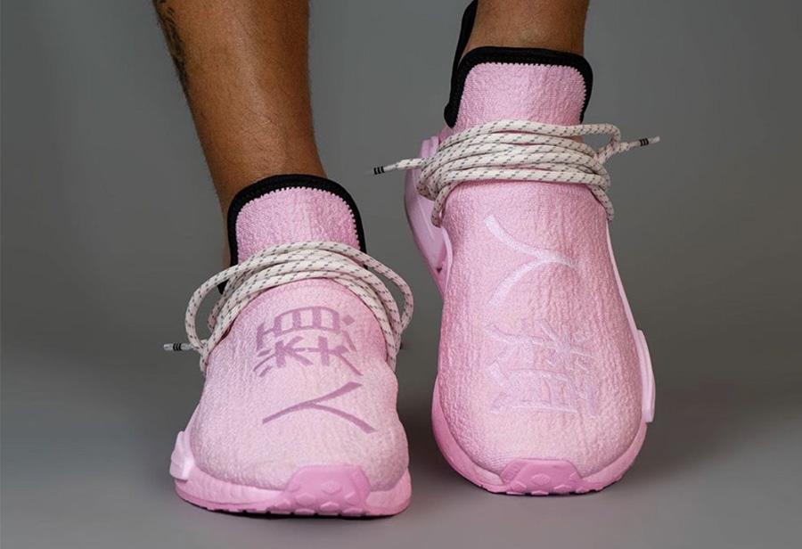 Pharrell,adidas,NMD Hu,GY0088,  今年最想买的菲董联名!樱花粉 Hu NMD 即将发售,你爱了么?
