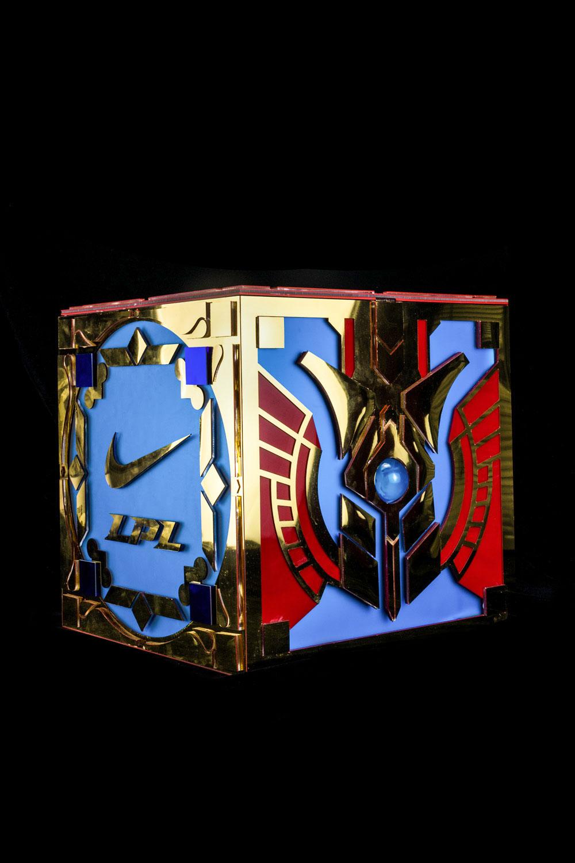 Nike,英雄联盟,Air Jordan 1,Good Ga  重达十公斤!运费好几百!耐克「英雄联盟」超稀有礼盒,见过的人都惊了!