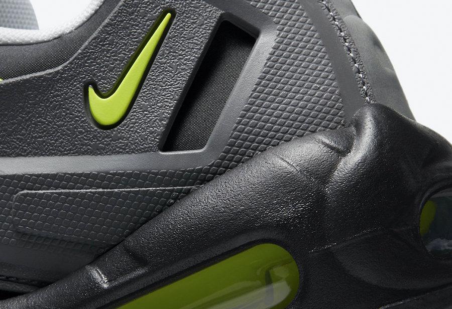 Air Max 95,Nike,发售,CZ3591-002,  前所未见!机甲版 Air Max 95 曝光!还是最经典 Neon 配色