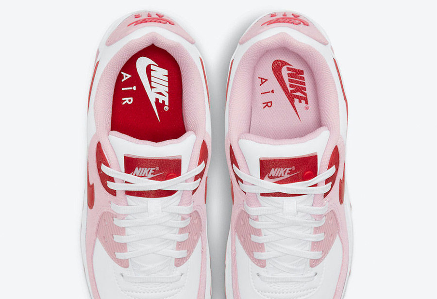 Nike,Air Max 90,Valentine's Da  鞋舌标签暗藏玄机!小姐姐最爱的情人节主题鞋款又来了!